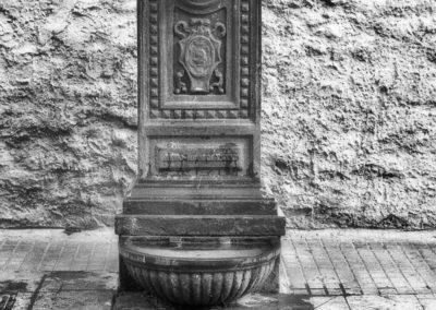 Particolare fontanella in Via Andre Costa