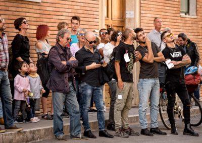 pubblico al concerto dai balconi